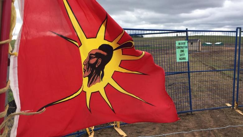 Provincial documents in 'unconquered peoples' lawsuit should be unsealed: judge