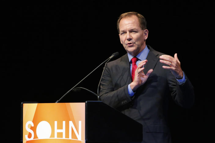 """Paul Tudor Jones, founder and chief investment officer of Tudor Investment Corporation, speaks at the Sohn Investment Conference in New York, May 5, 2014. Jones on Monday recommended selling British government bonds later in the summer. Jones, speaking at the Sohn Investment Conference in New York, said that gilts, or British government bonds, would probably be a """"decent sale"""" sometime in late summer. REUTERS/Eduardo Munoz (UNITED STATES - Tags: BUSINESS)"""
