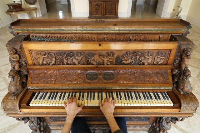 'Immortal Piano' set for Israel auction