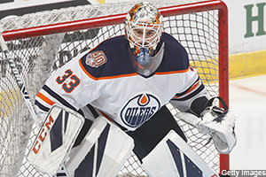 Daniel E. Dobish reviews Wednesday's short stack of games, including Cam Talbot's much-needed road victory to get the Oilers on track
