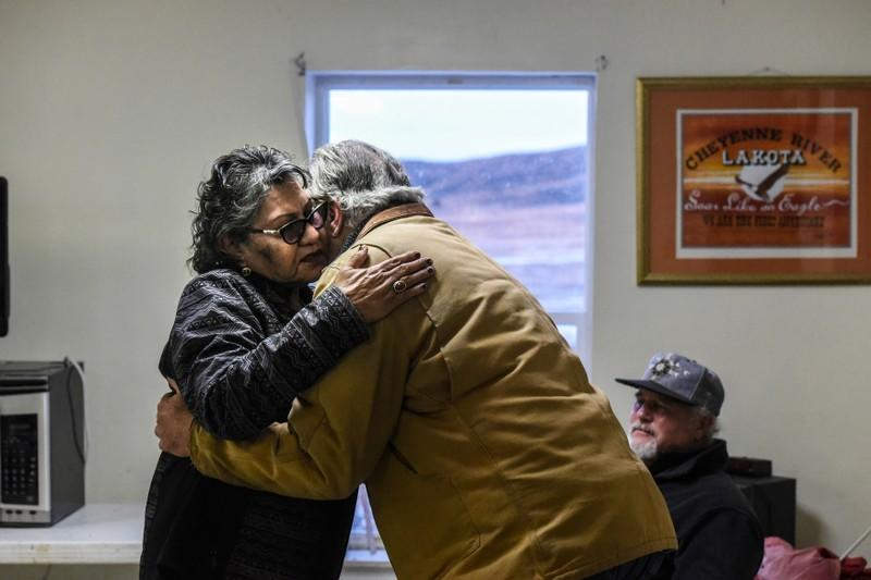 A descendant of the commander of the Wounded Knee massacre travels to Cheyenne River reservation to formerly apologize