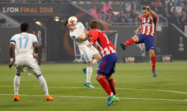 Soccer Football - Europa League Final - Olympique de Marseille vs Atletico Madrid - Groupama Stadium, Lyon, France - May 16, 2018 Atletico Madrid's Koke shoots at goal as Marseille's Florian Thauvin attempts to block REUTERS/John Sibley