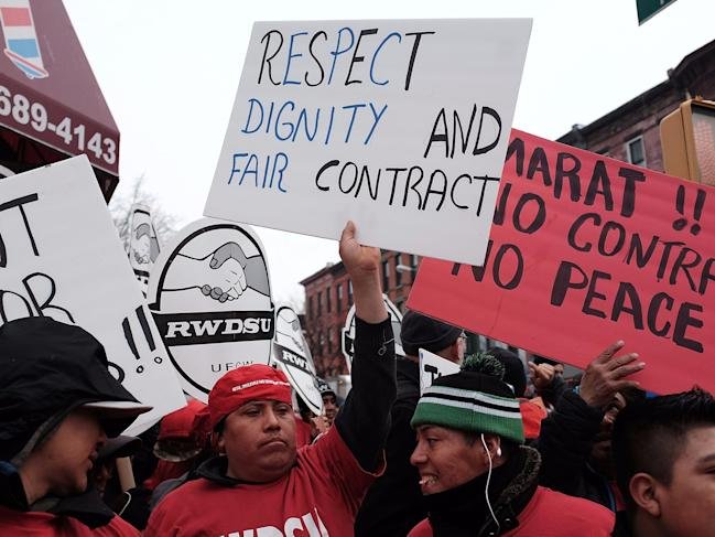 union workers protest