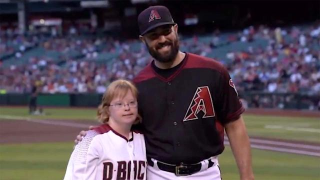 Amy Bockerstette threw out the first pitch for the Arizona Diamondbacks on Saturday night at Chase Field in Phoenix.