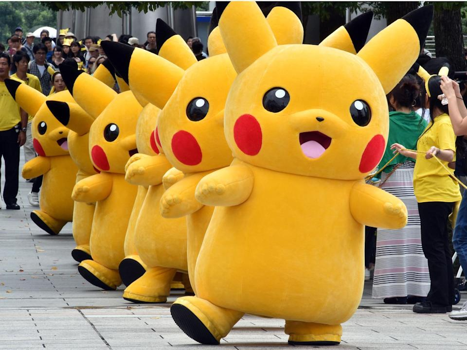 A line of life-sized Pikachu's (Getty Images)
