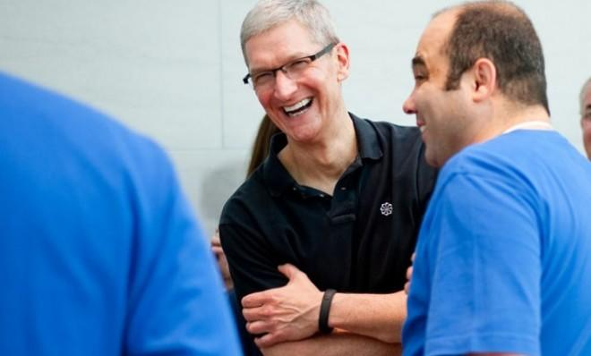 Apple CEO Tim Cook is wearing what appears to be Nike's best-selling fitness bracelet, the FuelBand. Inspiration, perhaps?
