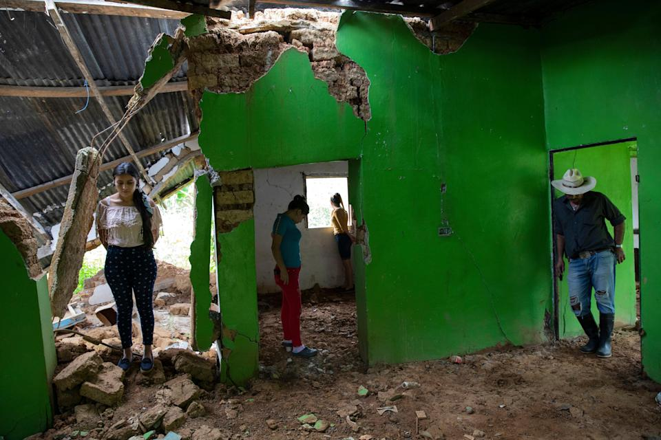 Honduras Mourning A Town (Copyright 2021 The Associated Press. All rights reserved.)