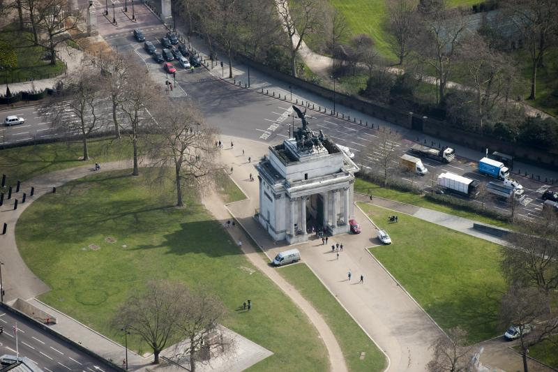 Wellington Arch, Constitution Hill, Westminster, London, c2015. Aerial view showing the quadriga. The triumphal arch was commissioned by King George IV to commemorate Britain's victories in the Napoleonic Wars. It was designed by Decimus Burton and was completed in 1830. Artist Damian Grady. (Photo by English Heritage/Getty Images)