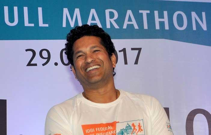Sachin Tendulkar gives on-road helmet lessons to Hyderabadis