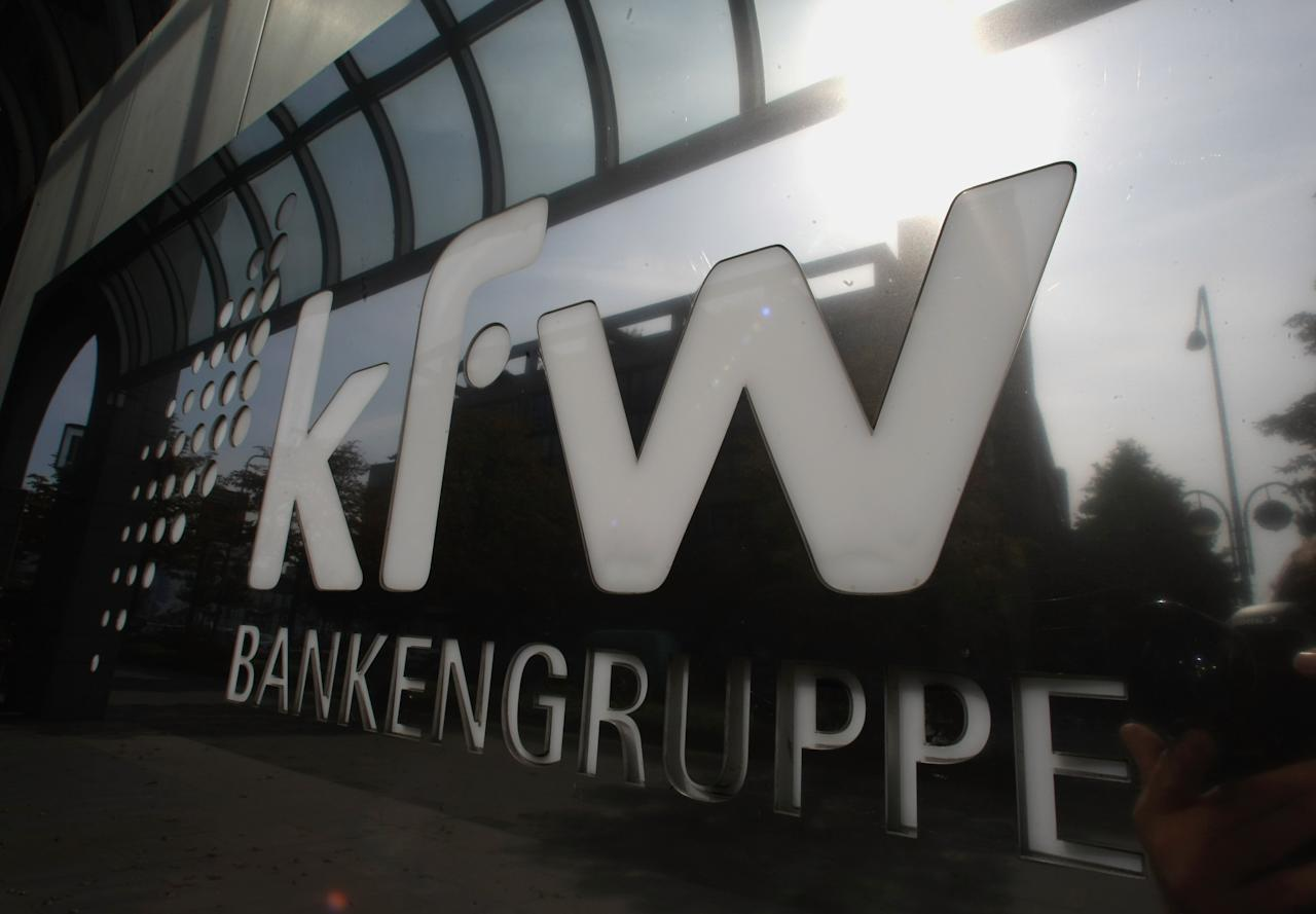FRANKFURT AM MAIN, GERMANY - SEPTEMBER 18:  The sun is mirrored in a door plate of German state-owned development bank KfW Group at their headquarters on September 18, 2008 in Frankfurt am Main, Germany. The KfW bank payed 300 million euros to the insolvent Lehman Brothers Holdings Inc. on September 15, 2008 by mistake.  (Photo by Ralph Orlowski/Getty Images)