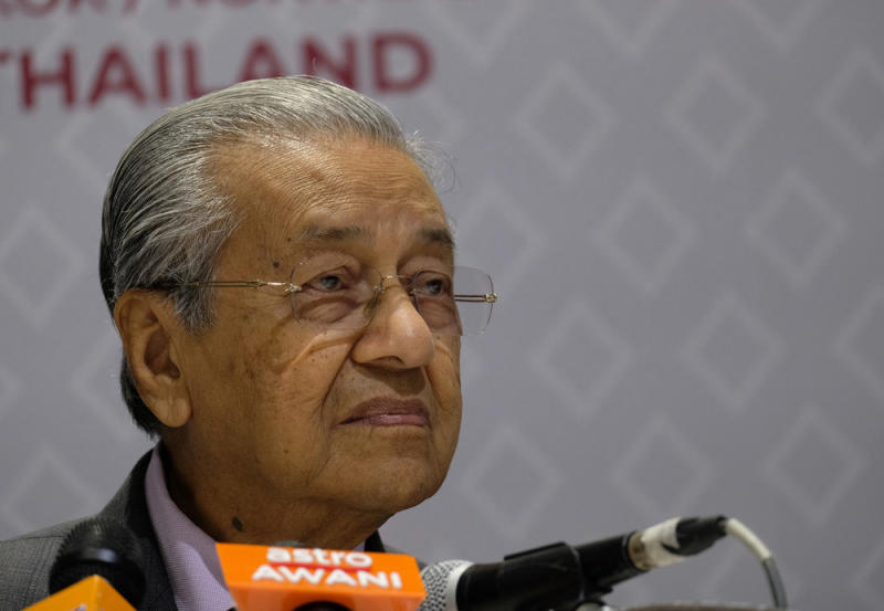 Who Won Best Picture 2020.Dr M Says Won T Step Down As Pm In 2020 May Be The Best Man