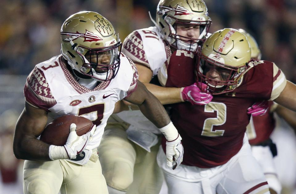 A Florida State player attempts to block Boston College defensive end Zach Allen (2) during their game on Oct. 27. (AP)