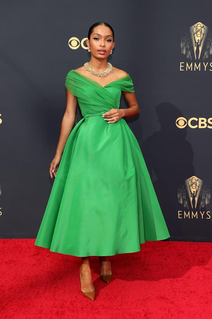 We Almost Missed This Tiny Detail in Yara Shahidi's Emmys Look (but We're So Glad We Didn't)