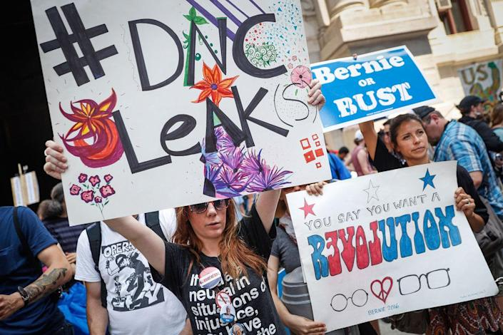 <p>Supporters of Sen. Bernie Sanders make their way around downtown while a protesting, Monday, July 25, 2016, in Philadelphia, during the first day of the Democratic National Convention. (Photo: John Minchillo/AP)</p>