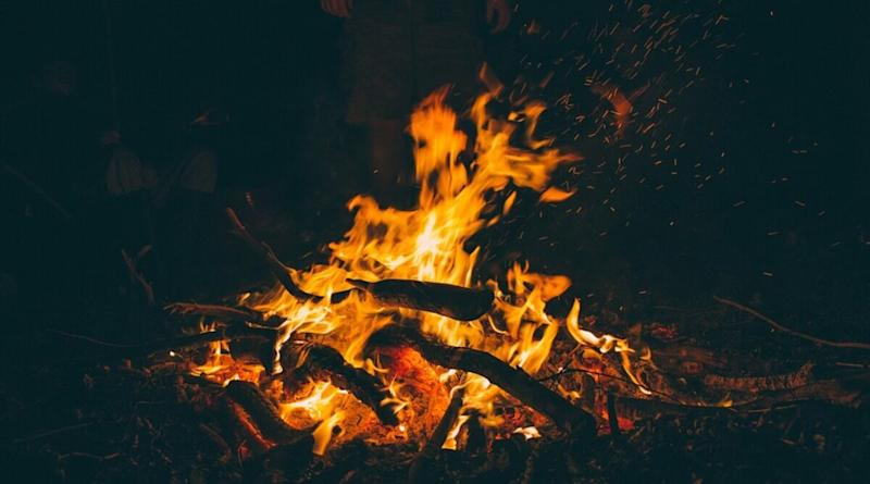 Seeing Fire in Your Dreams? Know the Meaning and Interpretation of Seeing Fire While Sleeping