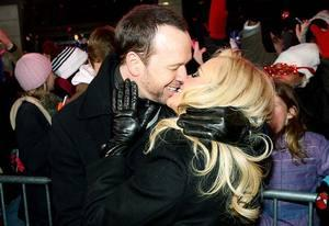 Donnie Wahlberg and Jenny Mccarthy | Photo Credits: Roger Kisby/DCNYRE2014/Getty Images