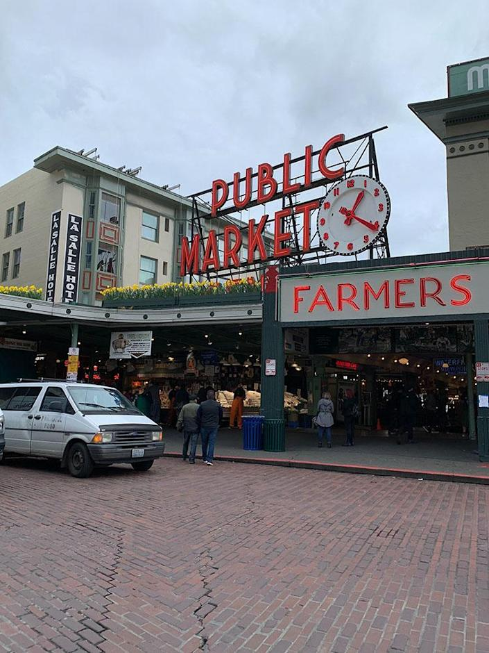 Image: Public spaces in Seattle are increasingly quiet amid a coronavirus outbreak in nearby Kirkland, business owners say.