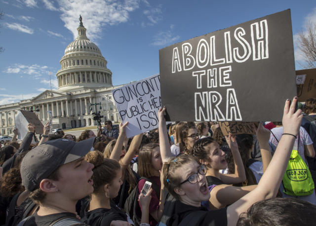 <p>School students from Montgomery County, Md., in suburban Washington, rally in solidarity with those affected by the shooting at Parkland High School in Florida, at the Capitol in Washington, Wednesday, Feb. 21, 2018. (Photo: J. Scott Applewhite/AP) </p>
