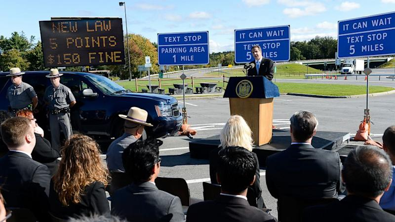 N.Y. Governor Unveils Plan To Create 'Texting Zones' For Distracted Drivers