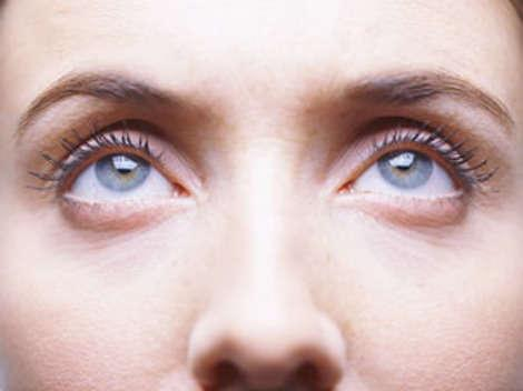 These 10 habits could be seriously hurting your eyesight.
