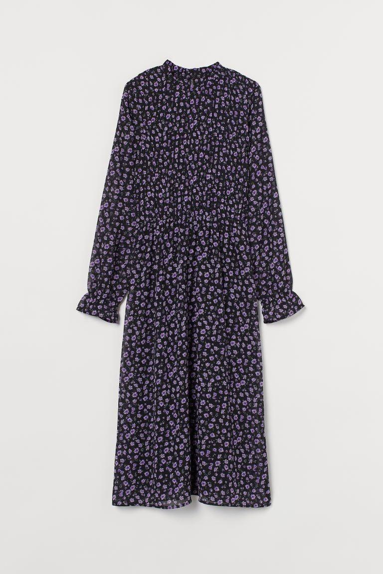 <p>The loose fit of this <span>H&amp;M Chiffon Dress</span> ($30) makes it comfy.</p>