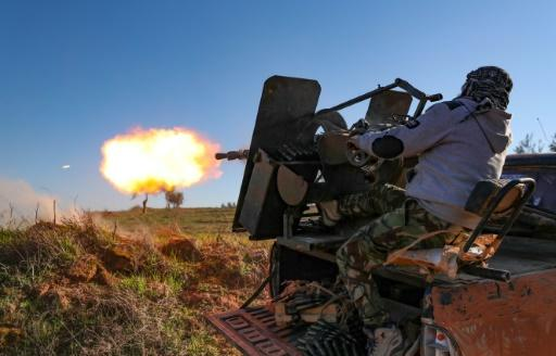 Heavy fighting accompanied the rebels' reentry into Saraqeb and raged on in its outskirts after it changed hands