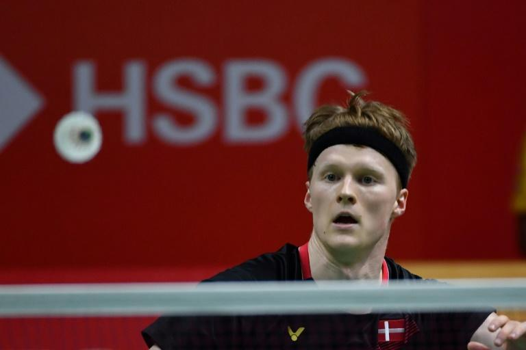 Anders Antonsen will face Indonesia's Anthony Sinisuka Ginting in the final after defeating Hong Kong shuttler Lee Cheuk-yiu 21-9, 21-14 (AFP Photo/ADEK BERRY)