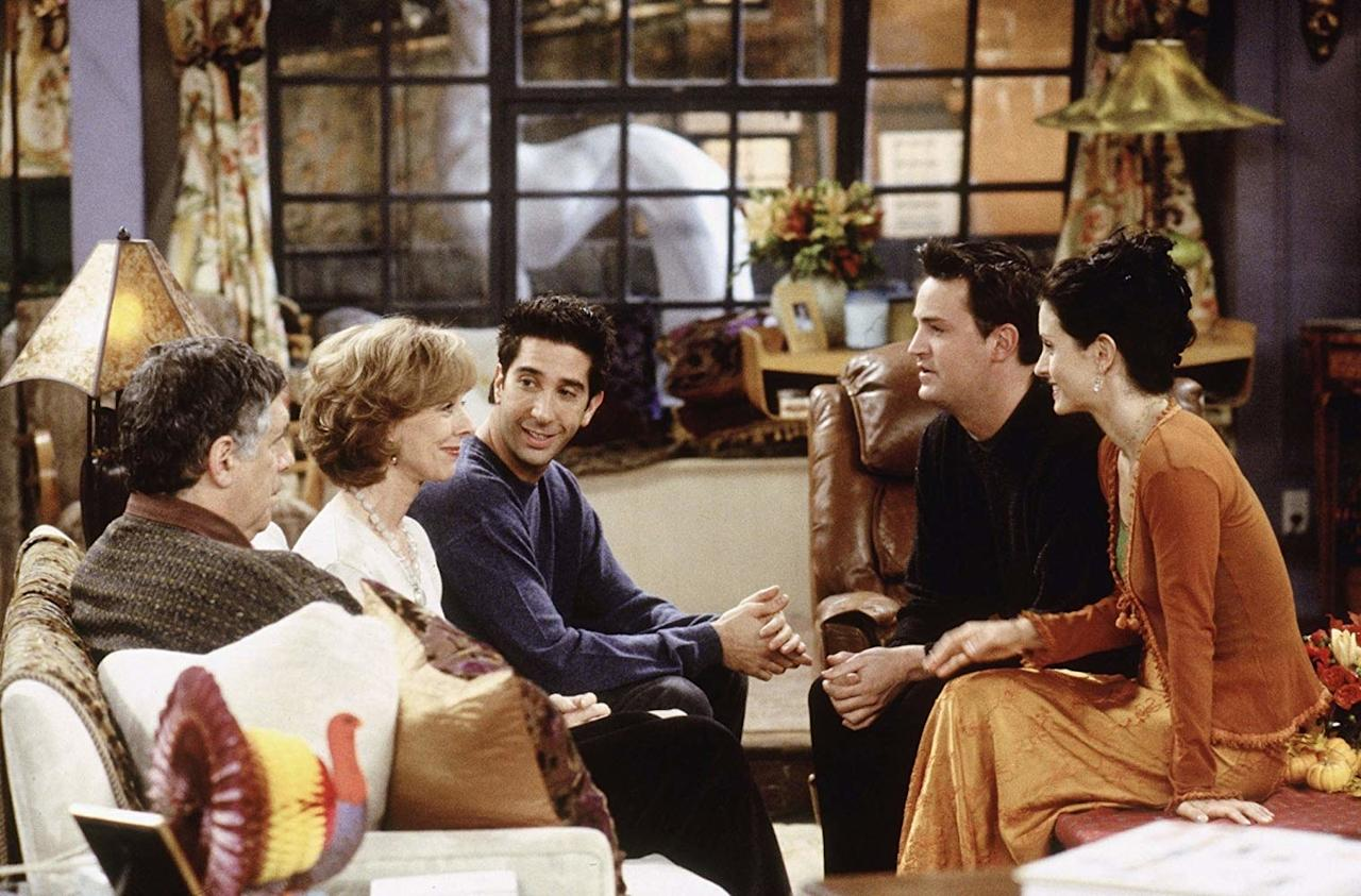 Ross is forced to tell everyone why his parents, Jack and Judy, don't like Chandler. When he tries to escape Thanksgiving he is invited to spend it with Janine and a pack of dancers.