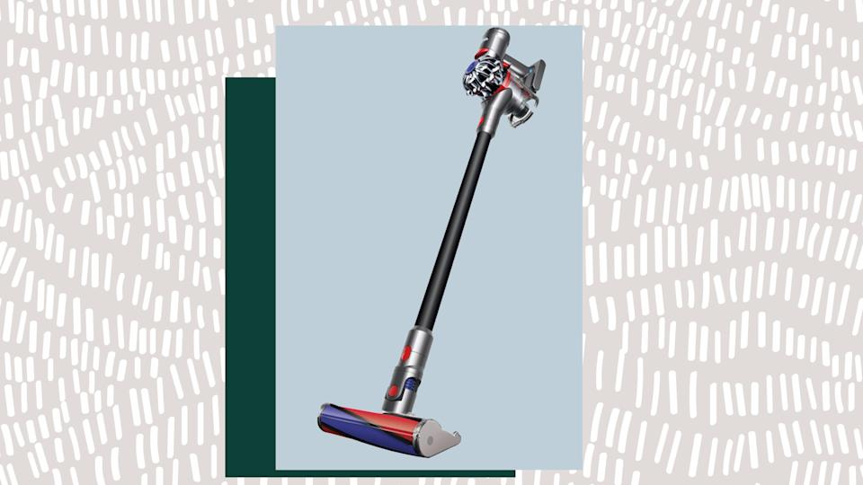 Shoppers Love This Cordless Dyson V7 Absolute Vacuum And It S At A Great Discount