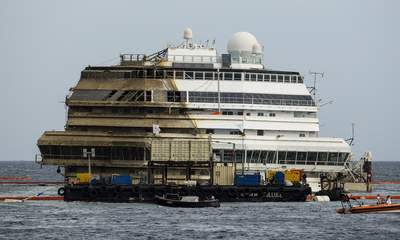 Costa Concordia: Divers Find Human Remains