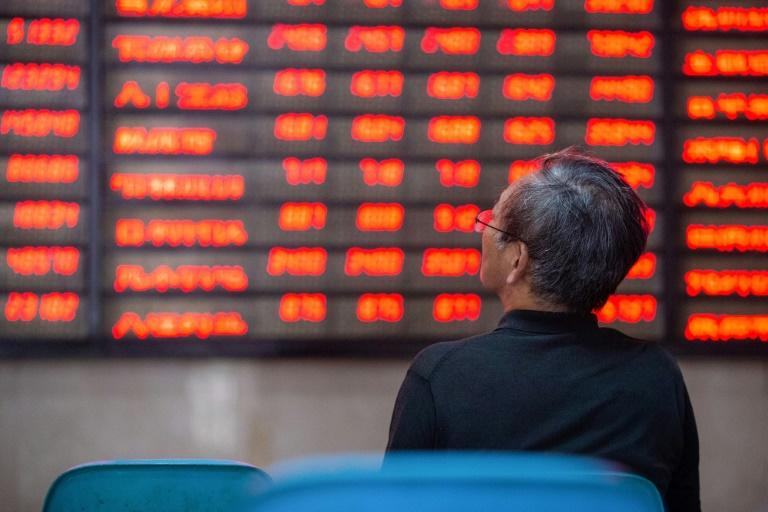 Asian stocks plunge with Wall St as tech surge halted