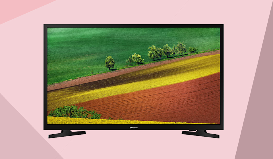 Save nearly 40 percent on this Samsung 32-inch HD TV. (Photo: Samsung)