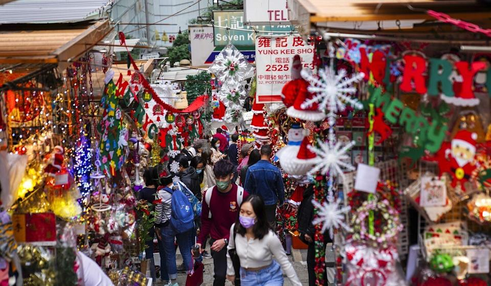 Many Hong Kong parents will have to spend the festive season without their children by their side. Photo: Sam Tsang