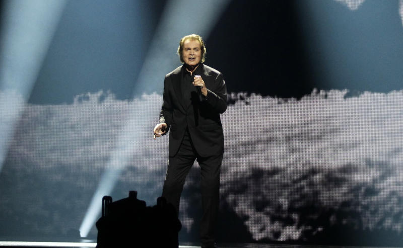 United Kingdom Engelbert Humperdinck perform during rehearsal for the final show of the 2012 Eurovision Song Contest at the Baku Crystal Hall in Baku, Friday, May 25, 2012. The finals of the 2012 Eurovision Song Contest will be held at the stadium on May 26, 2012. (AP Photo/Sergey Ponomarev)