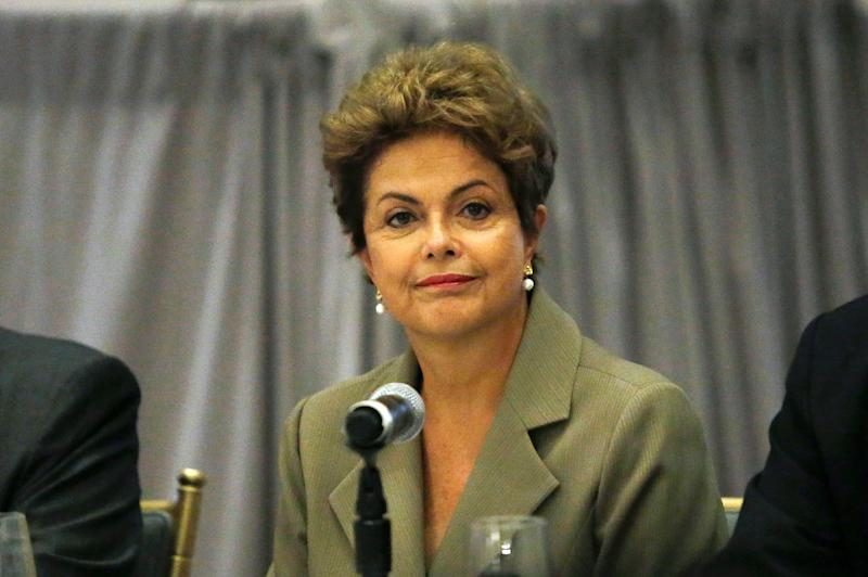 Brazilian President Dilma Rousseff attends a meeting with Brazilian businessmen and US investors at the St. Regis Hotel in New York on June 28, 2015 (AFP Photo/Kena Betancur)