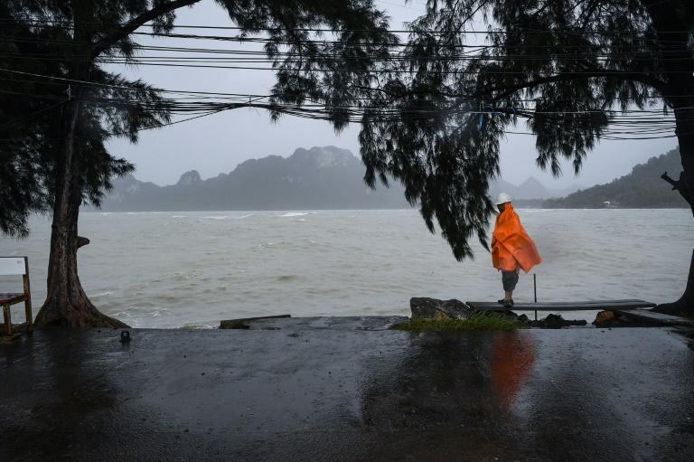 Tropical Storm Pabuk packed winds of up to 75 kilometres an hour and brought heavy rains and storm surges as it lashed the entire south of the kingdom on Friday