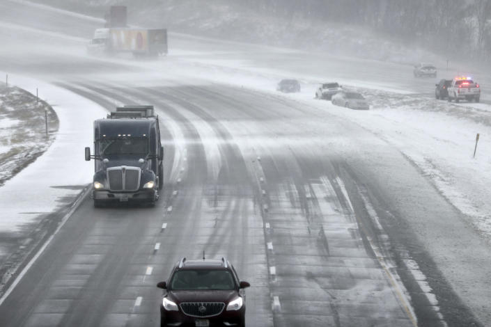 Image: Iowa blizzard conditions (Nati Harnik / AP)