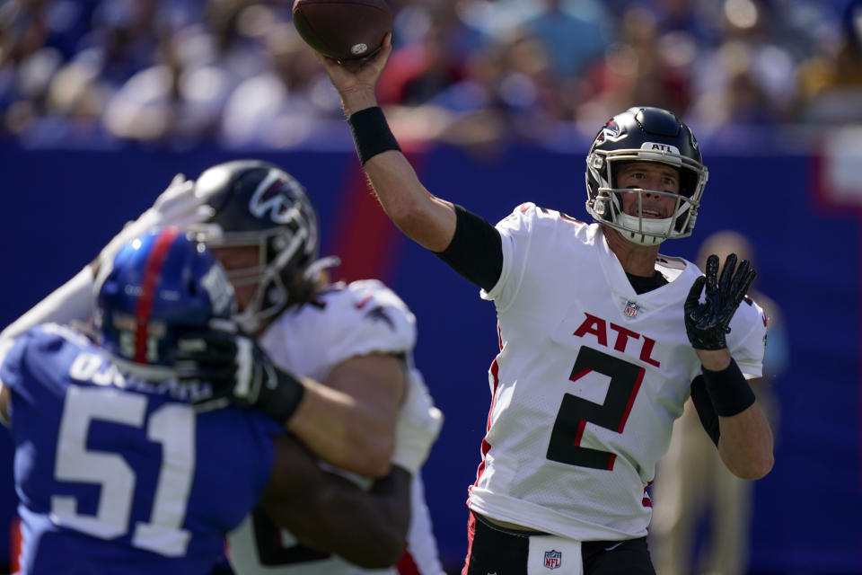 Atlanta Falcons quarterback Matt Ryan (2) passes during the first half of an NFL football game against the New York Giants, Sunday, Sept. 26, 2021, in East Rutherford, N.J. (AP Photo/Seth Wenig)