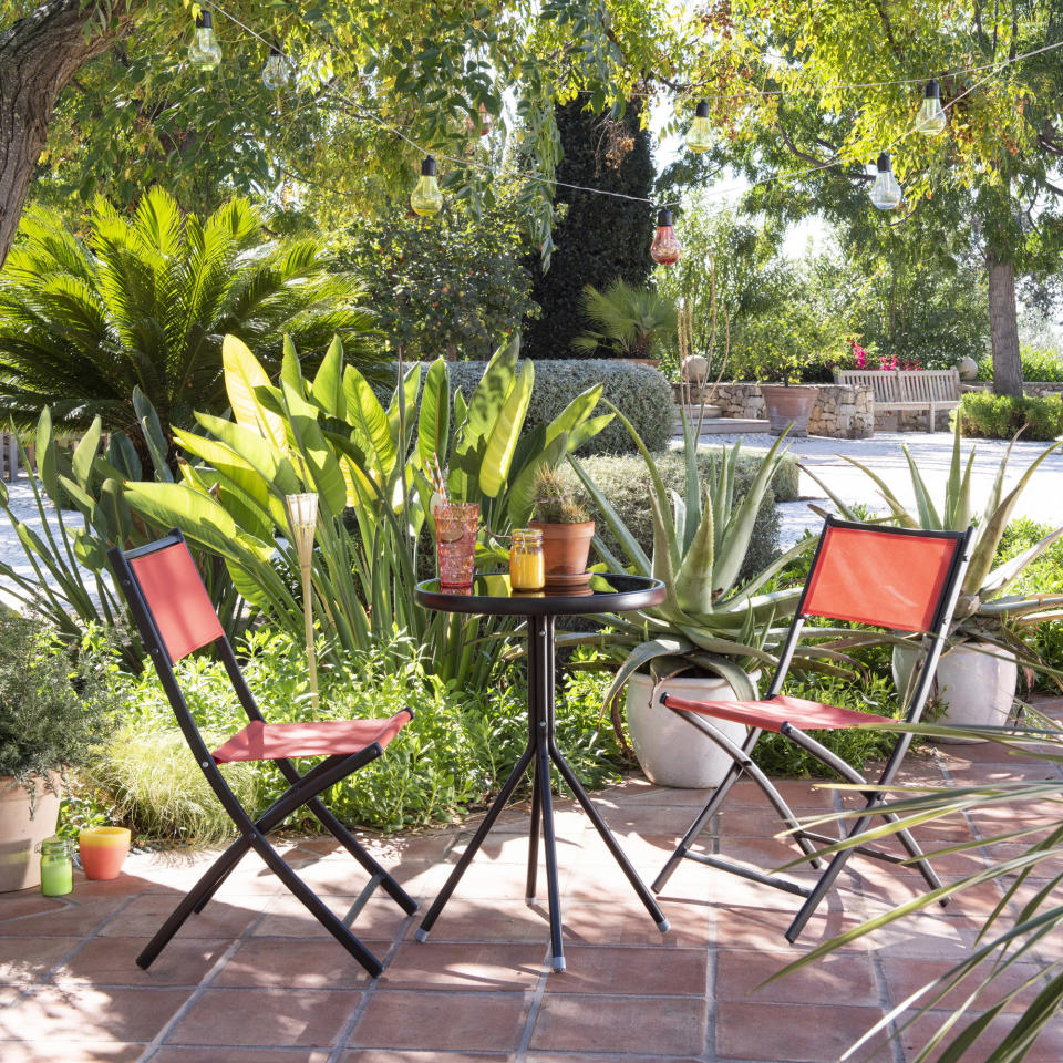 foliage plants: tropical patio and bistro set