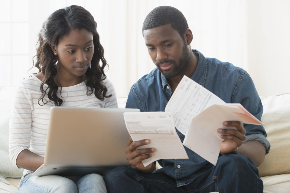 Worried about bank account fraud? Here's how to protect yourself. (Photo: Getty)