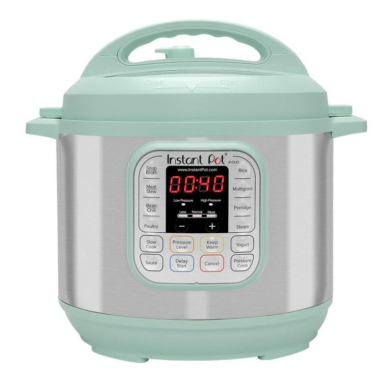 Teal Instant Pot Duo 60. (Photo: Amazon)