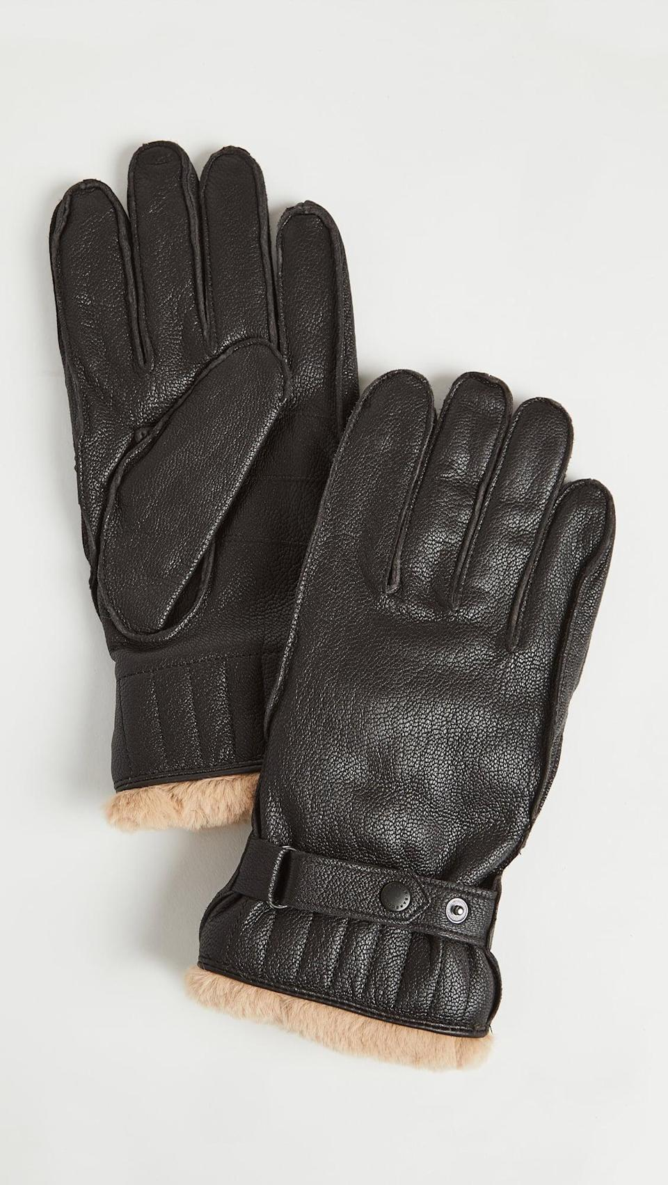 <p>These <span>Barbour Leather Utility Gloves</span> ($100) look so cozy.</p>