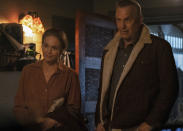 "En esta imagen difundida por Focus Features, Diane Lane y Kevin Costner en una escena de ""Let Him Go"". (Kimberley French/Focus Features vía AP)"