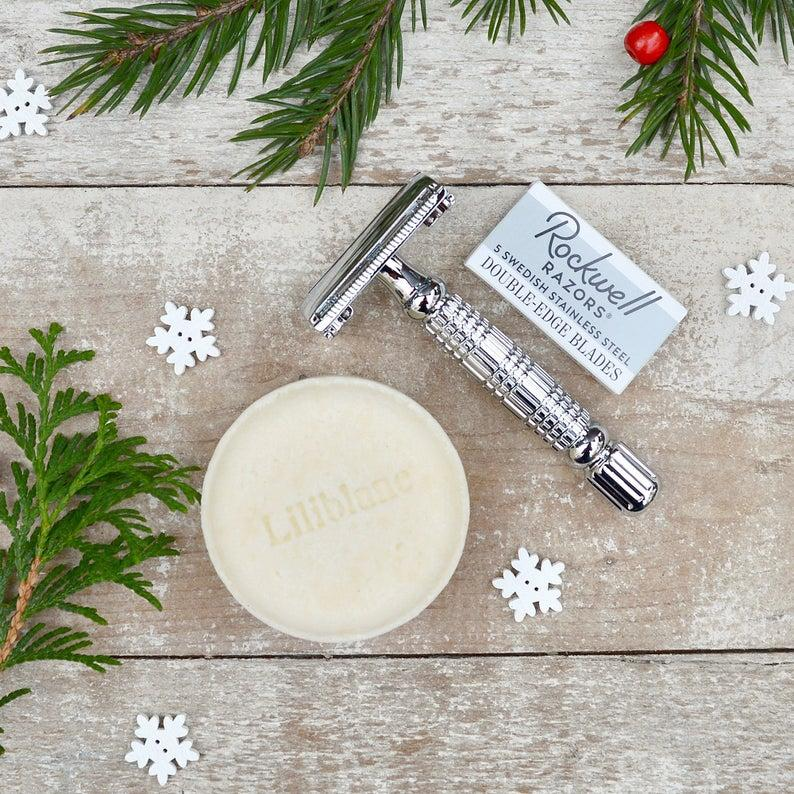 Liliblanc Safety Razor and Shaving Bar (Photo via Etsy)
