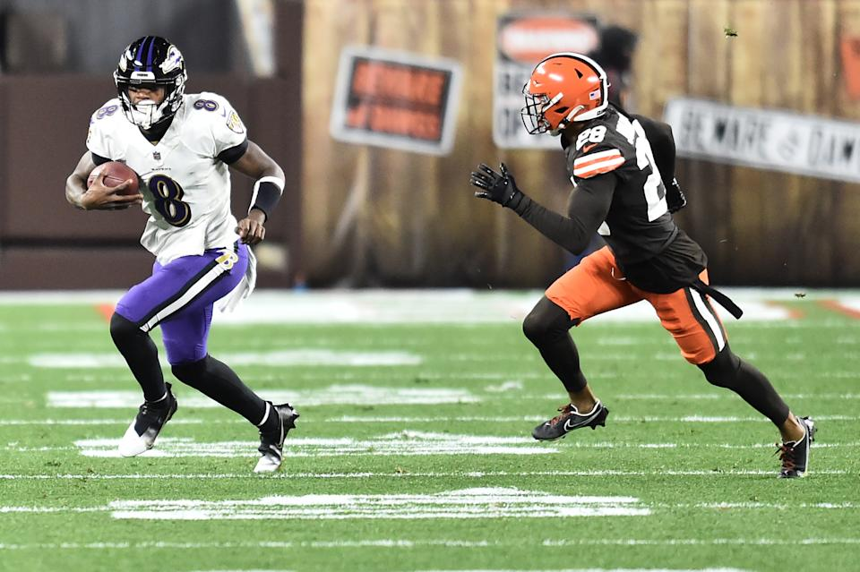 Lamar Jackson and the Baltimore Ravens are currently favored to win the AFC North. (Ken Blaze/USA TODAY Sports)