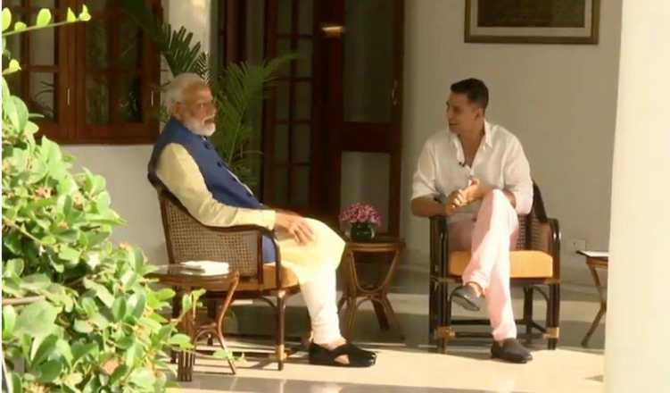 Never thought of becoming PM: Modi to Akshay