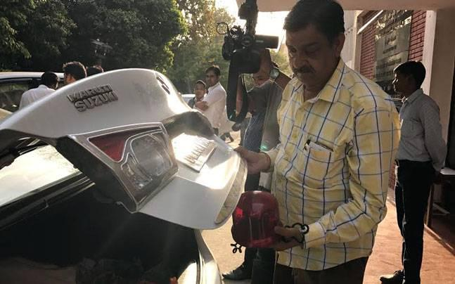 Is PM Modi's red beacon surprise yet another citizen connect move?