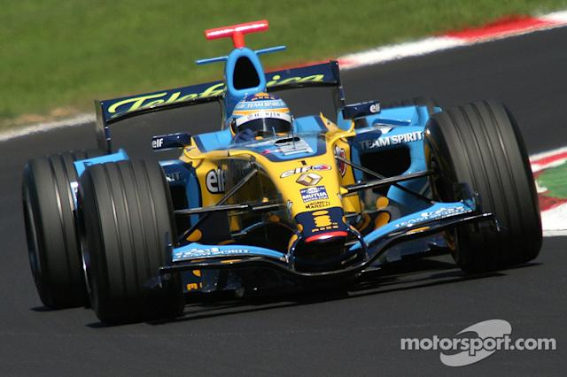 """Renault R26 (2006) <span class=""""copyright"""">Alessio Morgese</span>"""
