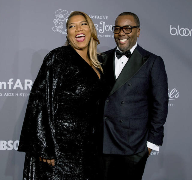 <p>The good friends shared a laugh at the 2018 amfAR Gala at Cipriani Wall Street in New York City on Wednesday night. (Photo: Kevin Tachman/Getty Images) </p>