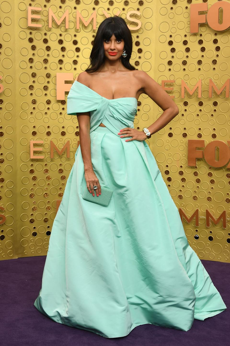 """<h1 class=""""title"""">Jameela Jamil in Monique Lhuillier with Heliopolis Clutch</h1><cite class=""""credit"""">Photo: Getty Images</cite>"""